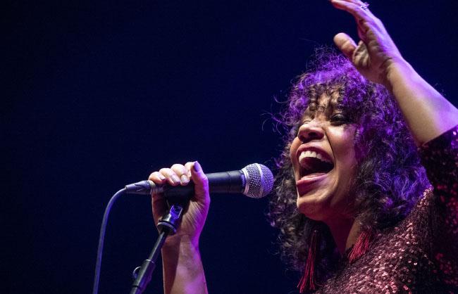 Shayna Steele – El Rincón del Jazz