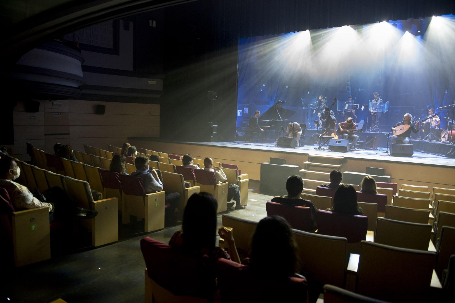 'Islazz' y Canarión reactivan la música